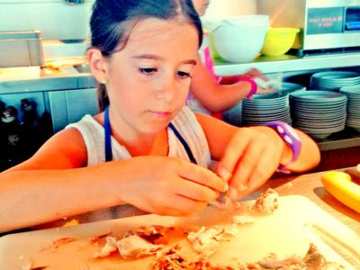 Little chefs in the Espai del Peix